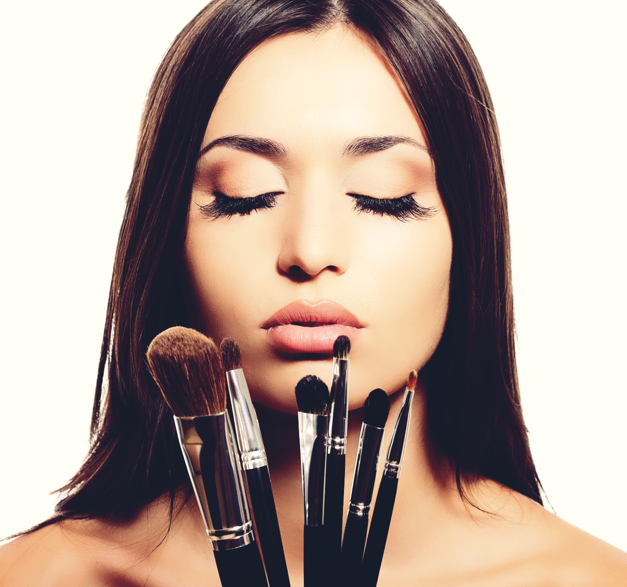 how-to-clean-make-up-brushes-at-home1
